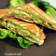 Croque-monsieur poulet/curry et guacamole - Ursula Mozzarella, Guacamole, Croissants, Zucchini, Bagel Bar, Avocado, Bagel Recipe, Cream Cheese Recipes, Entrees