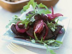 Mediterran zubereitete Rote Bete ist ein Rezept mit frischen Zutaten aus der Kategorie Gemüse. Probieren Sie dieses und weitere Rezepte von EAT SMARTER!