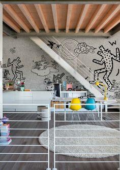 http://www.interiordesign2015.com/wp-content/uploads/2014/02/Keith-Bau-wallpaper-by-Wall-Deco-635x903.jpg