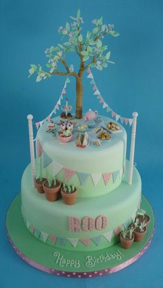 Summer Picnic Cake - For all your cake decorating supplies, please visit craftcompany.co.uk
