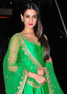 Sonal Chauhan Looks Gorgeous In Green Dress At Pearl V Potluri's Half Saree Function in Hyderabad, Tollywood, Sonal Chauhan South Indian Actress Photo, Indian Actress Photos, Indian Actresses, South Actress, Half Saree Function, Bollywood Actress Hot Photos, Tamil Actress, Beautiful Girl Image, Beautiful Models