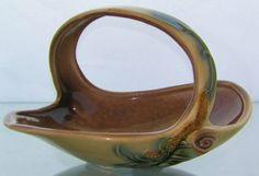 . Ceramic Bowls, Ceramic Pottery, Hand Built Pottery, Clay Design, Clay Art, Baskets, Tiles, Room Decor, Inspire