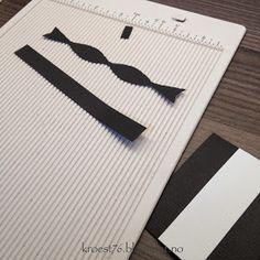 Kristinas kortblogg: Tutorial på bordkort formet som skjorter Card Tags, Cards, Sewing, Tuxedos, Dinner Jackets, Couture, Fabric Sewing, Tuxedo, Maps