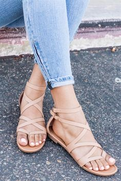 bf5a3bf2e 39 Best gladiator sandals outfit images