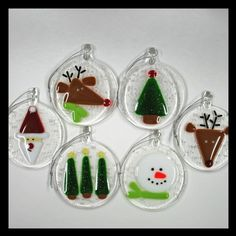 Glassworks Northwest - Rudolph the Red-nosed Reindeer in a Snowstorm - Fused Glass Ornament Fused Glass Ornaments, Fused Glass Jewelry, Fused Glass Art, Stained Glass Art, Glass Christmas Decorations, Glass Christmas Tree Ornaments, Christmas Crafts, Glass Fusing Projects, Wine Bottle Candles