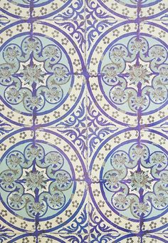 Paper Tiles Wallpaper blue and White tiled effect wallpaper with a contemporary twist.