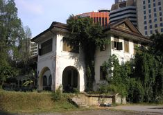 kuala lumpur bungalow old - Google Search India Architecture, Kuala Lumpur, Bungalow, Mansions, Google Search, House Styles, Home Decor, Indian, Architecture