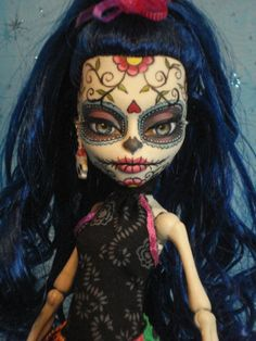 ~ Lolita ~ OOAK Monster High Skelita Repaint ~ Day of The Dead ~ by Bordello ~