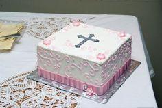 Baptism cake. 332994_10151005763268215_1452284293_o.jpg (1280×857)