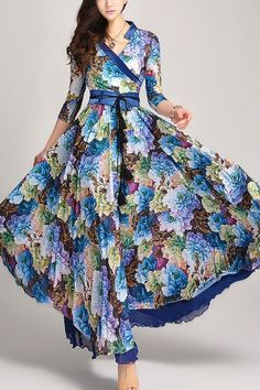 Oh, wow!! This is so gorgeous!! V-neck Three-quarter Sleeve Floral Print Dress OASAP.com