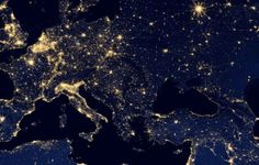 Earth by night. City lights. Do you see the pattern? Tellus size scale thing. ;)