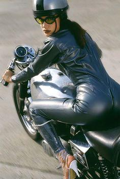 Motor bike girl in Latex Rubber i like this www.suzukigs500.co.uk