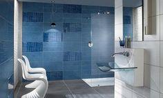 Scenario: azulejo rectangular en varios formatos. La marca Villeroy & Boch creó la serie Scenario. Es un azulejo de gran formato, de proporciones rectangulares, donde la pieza más grande mide 30 x 60cm. En esta colección hay cuatro colores diferentes, además de varios tamaños, texturas y acabados. La idea es combinarlos entre sí, con el fin de crear composiciones únicas en el cuarto de baño.  #Materiales