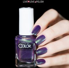 Cute purple nails www.ScarlettAvery.com