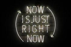 Imagen de quote, neon, and light