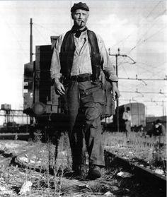 Photo: Pietro Germi sul set de Il ferroviere (Germi, 1956)