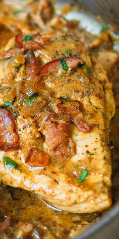 Chicken with Bacon and Mustard Sauce - an absolute comfort food! In this recipe, chicken breast is moist, tender, and flavorful because it's smothered in the most delicious sauce ever! This bacon and mustard chicken Turkey Recipes, Meat Recipes, Cooking Recipes, Healthy Recipes, Recipies, Dinner Recipes, Party Recipes, Seafood Recipes, Breakfast Recipes