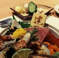 Aburi chirashi Where: Tatsuya (22 Scotts Rd., Goodwood Park Hotel, 6887-4598) | one of the most inventive chirashi dishes that we've seen on the island.