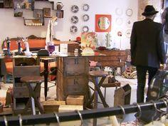 """09 """"E que non tes vergoña? Concept, Store, Furniture, Home Decor, Tes, Doors, Decoration Home, Room Decor, Storage"""