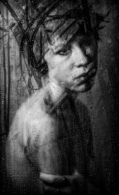 Fabulous portraits using a shower door by Russ Rowland! (via Lenscratch)