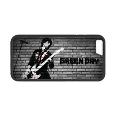 Green day Billie Joe Armstrong with Guitar apple iphone 6 case cover. #accessories #case #cover #hardcase #hardcover #skin #phonecase #iphonecase #iphone6 #iphone6case #music #greenday #dezignercase