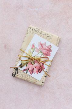 Vintage floral gift tags.