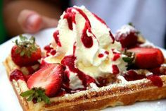 More delicious strawberry treats from Sant' Angelo Italian Restaurant - you just can't say no! https://www.facebook.com/SantAngeloWetherby