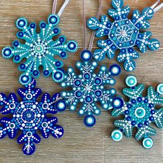Wood Snowflakes Unpainted Dotting Project for Dot Artists Rock Crafts, Christmas Projects, Holiday Crafts, Spring Crafts, Snowflake Cutouts, Wood Snowflake, Christmas Mandala, Noel Christmas, Painted Christmas Ornaments