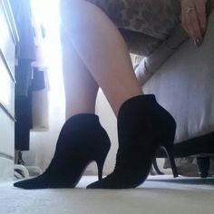 GUESS suede/velvet booties GUESS suede/velvet style booties: ruched front and low dip detail w/ about a 4 inch rise from heel to base. Worn once. Cute w/ leggings or a skirt for the fall season. Guess Shoes Ankle Boots & Booties