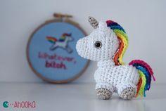 Free crochet pattern for a tiny amigurumi unicorn, from: aHooka.