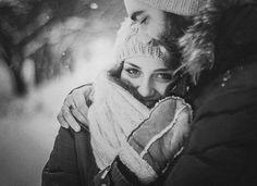 Многие женщины хотят благодаря любви вернуться в детство. Мужчины хорошо знают, что слова: «Ты похожа на совсем маленькую девочку» — больше всего трогают женское сердце.  Симона де Бовуар