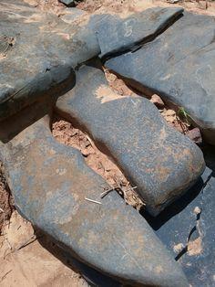 Formatos que á natureza dá as pedras.foto tirada por Amanda Gomes Pimenta.