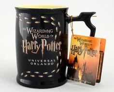 Harry Potter mug. Foot prints appear with hot liquid