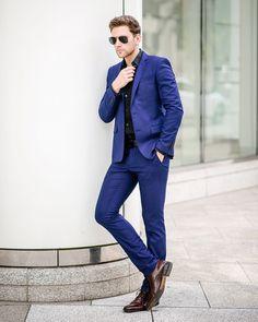 Man in Blue Suit w/ @fede_rangel ! #vscocam #blogger #editorial #male #malemodel #gq #mens #style #newyork #fashionphotographer #modelling #photooftheday #minimalism #vsco #photography #newyorkcity #instagood #love #portriat #men #menswear #retouching  #magazine #menstyle  #city #igersoftheday #igers #mensfashion #gqstyle #minimal