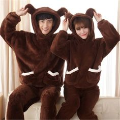 The new autumn and winter flannel couple models Bear Coral velvet pajamas home suits Matching Couple Pajamas, Matching Couple Outfits, Matching Couples, Girls Pajamas, Pajamas Women, Couples Onesies, Black Pajamas, Couples Modeling, Korean Couple