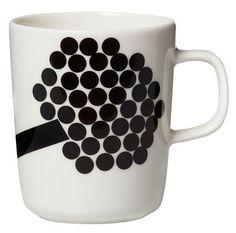 Scopri Mug Hortensie -/ 25 cl, Hortensie / nero & rosa di Marimekko disponibile su Made In Design Italia il miglior sito online di design.