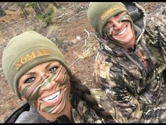 Lady Hunters Listen Up! Sarah Bowmar Gives an Epic Face Paint 101 Army Face Paint, Hunting Face Paint, Camouflage Face Paint, Womens Hunting Clothes, Hunting Girls, Hunting Stuff, Cute Country Couples, Country Girls, Army Makeup