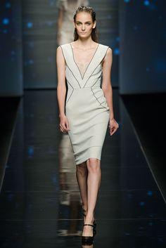 Alberta Ferretti Spring 2013 Ready-to-Wear Fashion Show - Daria Strokous