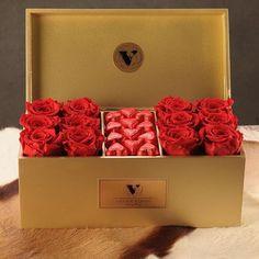 Carnival  #infiniterose #redroses #chocolate #love #gift #luxurydesing #luxurylife #flowerdesing #flowers #floral #forwomen #florist #luxuryflowers #luxuryflorist #vannaflowers #valentineday #valentine #valentinesgift #valentines2017 #flowerbox #flowersbouquet
