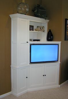built in corner cabinet designs | These cabinets were designed for optimal use of space and a better ...