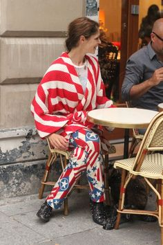 #kimono #red #prints #mix #mode #moda #women #paris #look #streetstyle #streetview #street #style #offcatwalk on #sophiemhabille