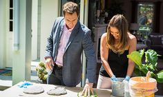 Home & Family - Tips & Products - Leaf Stepping Stones with Tanya Memme | Hallmark Channel 5/6