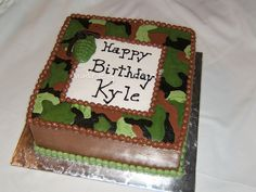 camo cakes | my addition to the camo cakes done in buttercream then smoothed w viva ...