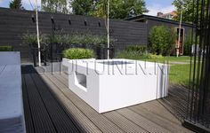 1000 images about tuin on pinterest bakken met and for Moderne loungebank tuin