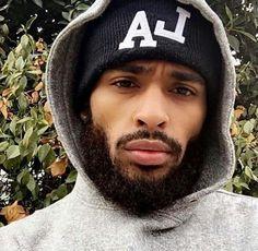 My type 😍😍 Fine Black Men, Gorgeous Black Men, Just Beautiful Men, Handsome Black Men, Black Boys, Fine Men, Black Man, Black Men Beards, Beard Game