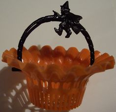 ~Vintage Halloween Candy Cups~ Party Shops Should Make These Available To Consumers Today, They Would Be a Big Seller For All Occasions.
