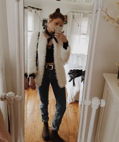 Fluff ball goes Christmas shopping (wearing: American apparel mom jeans, wcm belt, Brandy Melville shirt, chic wish jacket, doc martens)