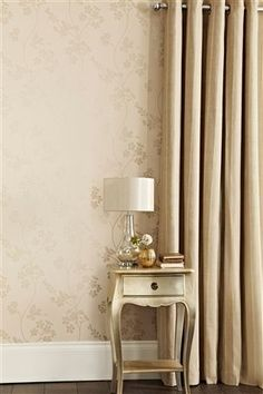 Elegant Wallpaper + Decor + Curtain Combo