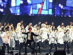 ଘ♡ଓ ੈ-✩ 171208 The wings tour the final // Bts Wings Tour, Hoseok Bts, Jhope Bts, Rap Lines, Fan Edits, Gwangju, Bts J Hope, Boy Bands, Dancer
