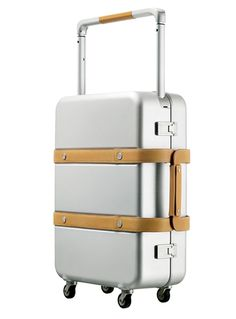 #Suitcases and design – Traveling with #style! My top list: http://www.camillabellini.com/en/design-suitcases-to-travel-with-style/